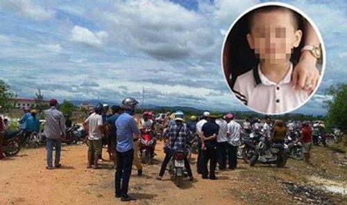 Khởi tố vụ bé trai 6 tuổi tử vong sau 5 ngày mất tích bí ẩn - Ảnh 1