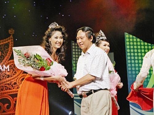Phía sau vương miện Hoa hậu Việt Nam, chuyện giờ mới kể - Ảnh 1