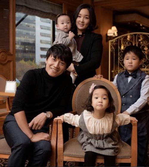 Những ông chồng đáng ngưỡng mộ nhất showbiz Hàn - Ảnh 7