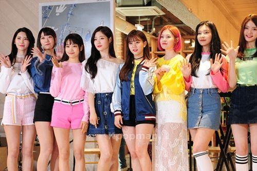 Các nhóm nhạc nữ Kpop liên tục gặp tai nạn xe khiến fan lo lắng - Ảnh 1
