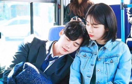 """Suzy khoe vẻ thanh tân trong drama """"siêu hot"""" cùng Lee Jong Suk - Ảnh 1"""