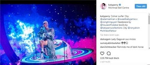 Sau Rihanna đến lượt Katy Perry diện thiết kế của Công Trí - Ảnh 1