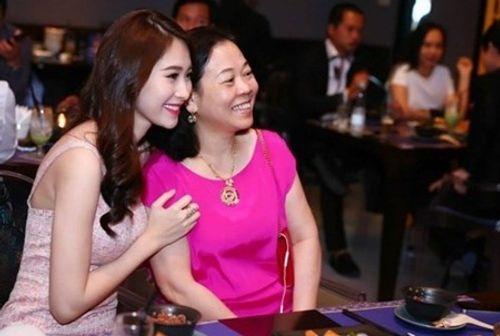 Hành trình tình yêu lãng mạn của hoa hậu Đặng Thu Thảo và vị hôn phu - Ảnh 4