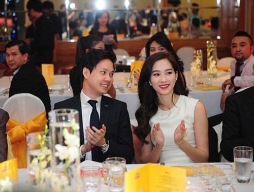 Hành trình tình yêu lãng mạn của hoa hậu Đặng Thu Thảo và vị hôn phu - Ảnh 6