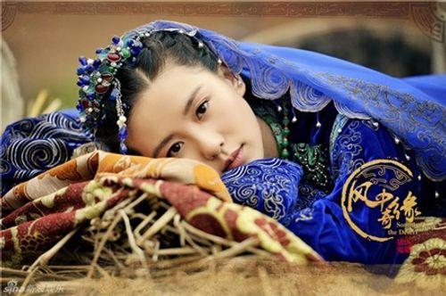 """Lưu Thi Thi: """"Ngọc nữ"""" tài sắc vẹn toàn và cuộc sống viên mãn khiến bao người ghen tỵ - Ảnh 11"""