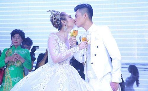 """Dàn sao """"khủng"""" và những hình ảnh ấn tượng nhất tại đám cưới Lâm Khánh Chi - Ảnh 17"""