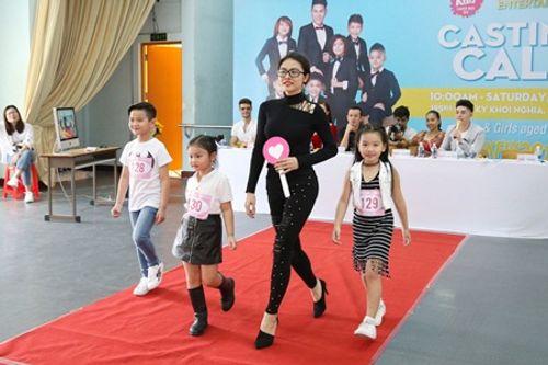 Á hậu Diễm Trang, diễn viên Vân Trang làm giám khảo casting Tuần lễ thời trang trẻ em châu Á - Ảnh 2