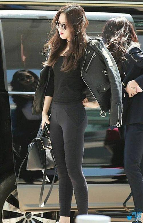 """Ngắm nhìn thân hình chuẩn mực của """"nữ hoàng quần legging"""" Naeun - Ảnh 11"""
