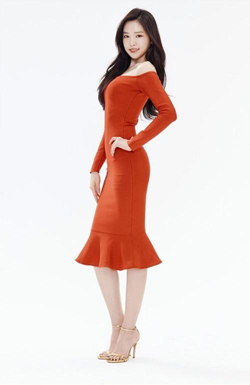 """Ngắm nhìn thân hình chuẩn mực của """"nữ hoàng quần legging"""" Naeun - Ảnh 4"""