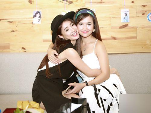 Tiết lộ của chị gái Nhã Phương về màn cầu hôn của Trường Giang - Ảnh 2