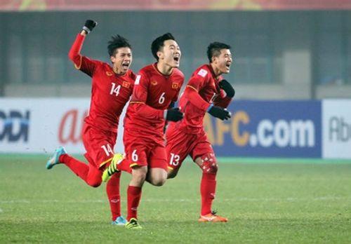 Cổ vũ U23 Việt Nam đá bán kết, nhiều công ty cho nhân viên nghỉ làm - Ảnh 1