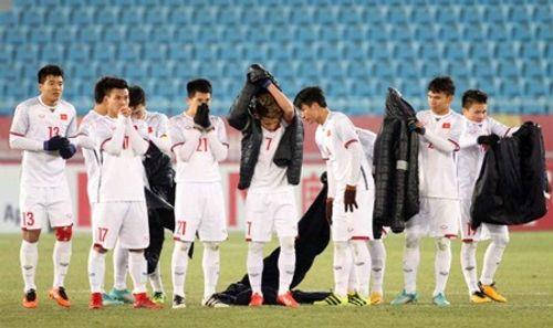 Clip: Hành động ý nghĩa của Xuân Trường trong loạt sút luân lưu với U23 Qatar - Ảnh 3