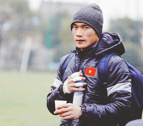 Sau khi khiến fan nữ lo sợ, Angela Phương Trinh khẳng định lại mối quan hệ với thủ môn Tiến Dũng - Ảnh 2