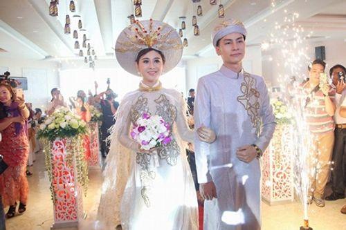 Điểm lại loạt đám cưới đình đám nhất của showbiz Việt năm 2017 - Ảnh 12