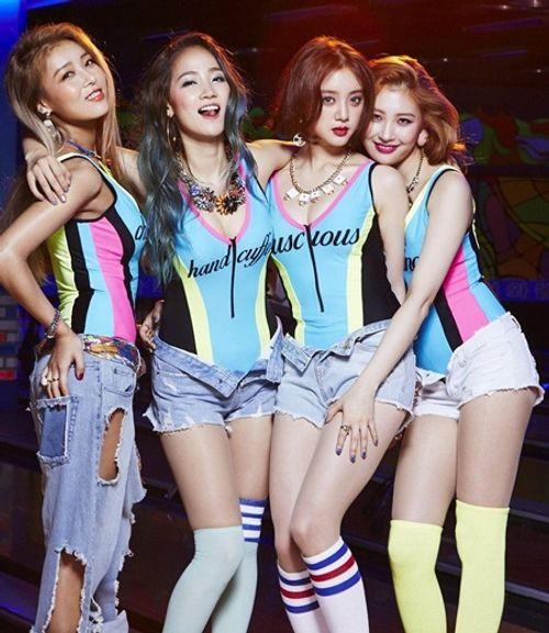 Những mất mát đau thương và scandal chấn động showbiz Hàn 2017 - Ảnh 4