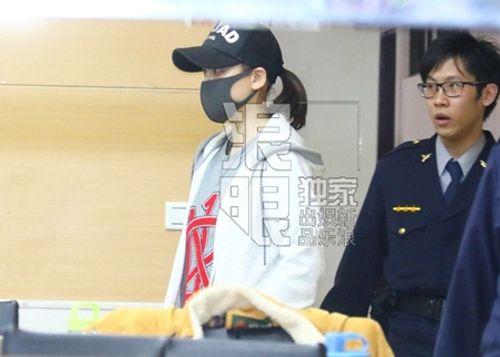 Trần Kiều Ân bị cảnh sát bắt vì say rượu lái xe - Ảnh 1