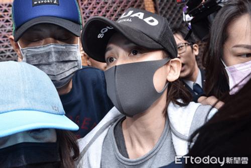 Trần Kiều Ân bị cảnh sát bắt vì say rượu lái xe - Ảnh 3