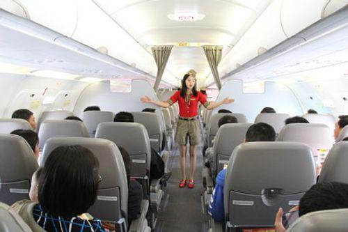 Xử phạt hành khách ngồi sai chỗ, đánh tiếp viên hàng không - Ảnh 1
