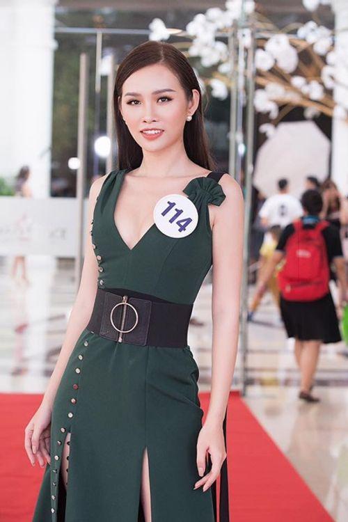 Hoàng My nhắn nhủ tới thí sinh Hoa hậu Hoàn vũ Việt Nam kể bị loại vì mê shopping - Ảnh 1