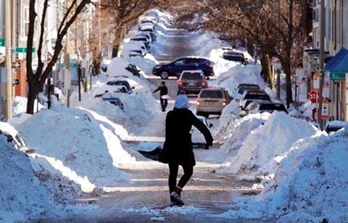 Loạt ảnh bão tuyết, giá lạnh kỷ lục ở nước Mỹ - Ảnh 5