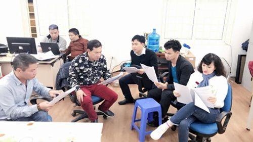 Clip hậu trường đầu tiên về buổi đọc kịch bản của Táo quân 2018 - Ảnh 1