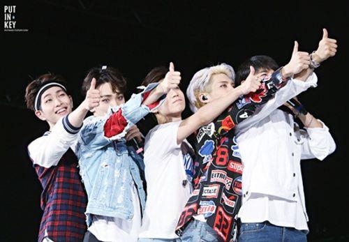 """SHINee trở lại sân khấu sau khi Jonghyun qua đời: """"Anh ấy luôn dõi theo chúng ta!"""" - Ảnh 3"""