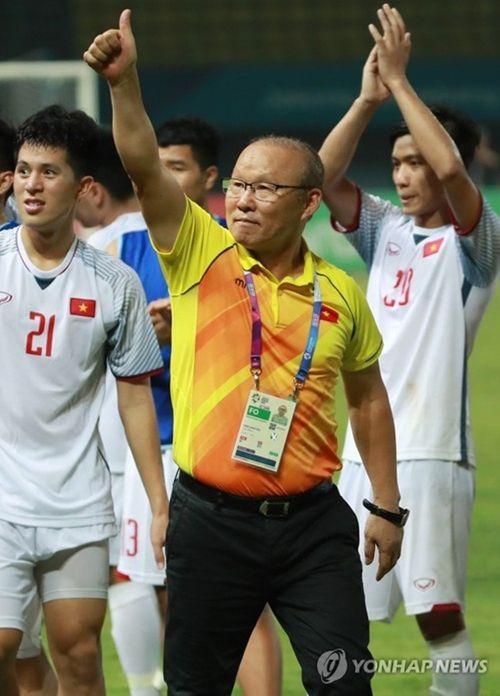 Báo Hàn nể phục ông Park vì 2 lần chiến thắng HLV Eriksson - Ảnh 1