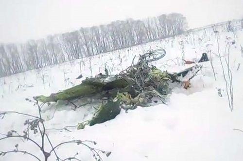Vụ máy bay chở 71 người rơi tại Nga: Tìm thấy hộp đen - Ảnh 1