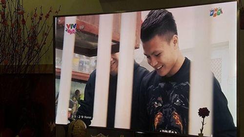 Dàn cầu thủ U23 đón Tết: Làm từ thiện, ra chợ bán thịt lợn giúp mẹ - Ảnh 8