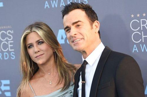 Jennifer Aniston ly dị, nguyên nhân là do Brad Pitt? - Ảnh 1
