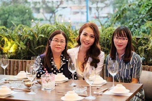 Không chỉ ra mắt ở Sài Gòn, Cường Đô La còn về Lạng Sơn thăm nhà Đàm Thu Trang? - Ảnh 2
