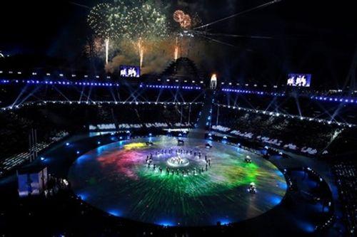 Clip: Màn trình diễn lịch sử của EXO và CL tại lễ bế mạc Olympic 2018 - Ảnh 7