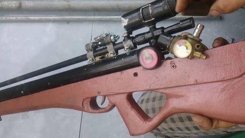 Đi săn bằng súng tự chế, bắn chết bạn vì tưởng nhẩm thú rừng - Ảnh 1