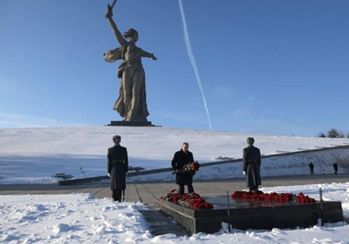Nga kỷ niệm 75 năm chiến thắng lịch sử Stalingrad - Ảnh 3