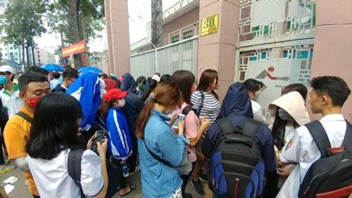 """Cháy vé miễn phí buổi giao lưu với U23 Việt Nam, fan TP.HCM ngậm ngùi tìm đến vé """"chợ đen"""" - Ảnh 2"""