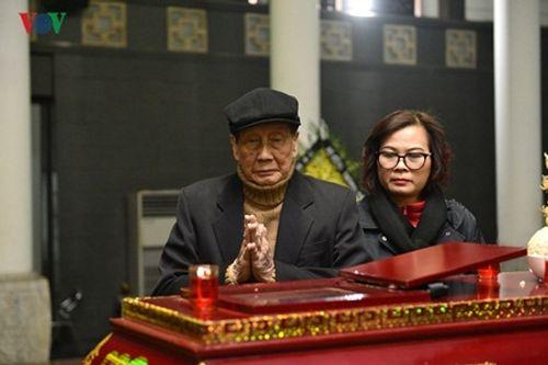 Gia đình, đồng nghiệp nghẹn ngào đưa tiễn nhạc sĩ Hoàng Vân - Ảnh 4