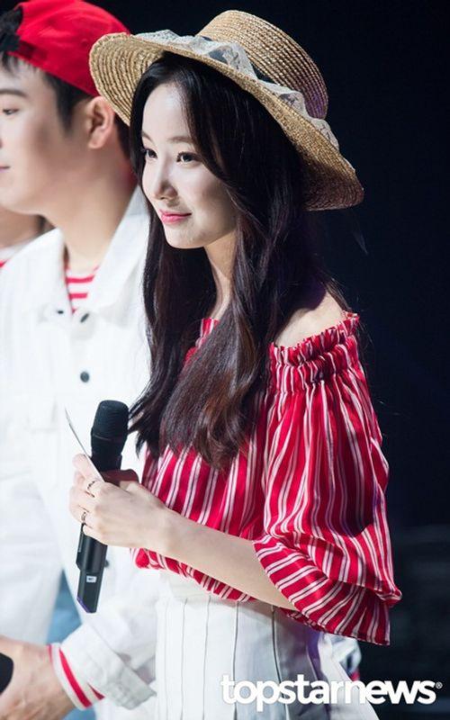 6 nữ tân binh xinh đẹp fan Kpop không thể không biết tên - Ảnh 2