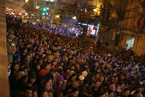 Hình ảnh hàng ngàn người dự lễ cầu an chùa Phúc Khánh - Ảnh 6