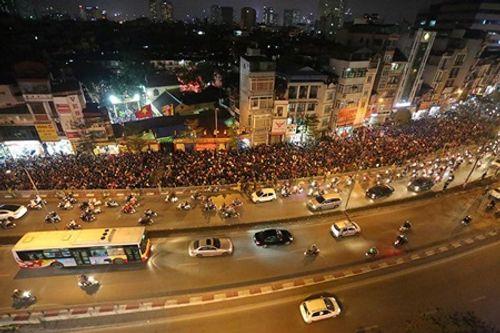 Hình ảnh hàng ngàn người dự lễ cầu an chùa Phúc Khánh - Ảnh 7