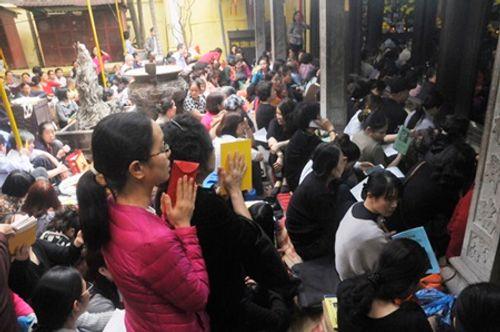 Hình ảnh hàng ngàn người dự lễ cầu an chùa Phúc Khánh - Ảnh 3