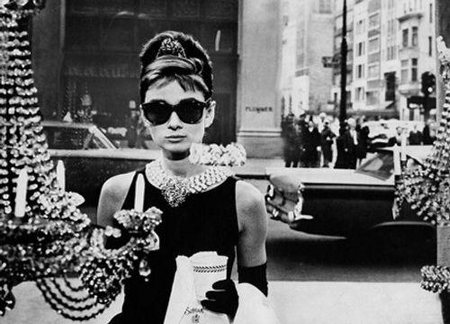 Huyền thoại thiết kế Givenchy qua đời ở tuổi 91 - Ảnh 2