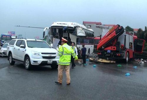 Phó Thủ tướng yêu cầu khẩn trương điều tra các vụ tai nạn trên cao tốc Pháp Vân - Cầu Giẽ - Ảnh 1