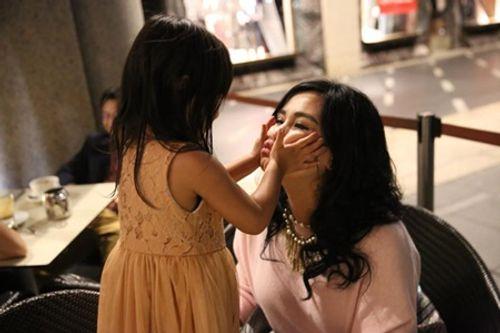Biểu cảm đặc biệt của Diva Thanh Lam chỉ có khi ở bên cháu ngoại - Ảnh 8