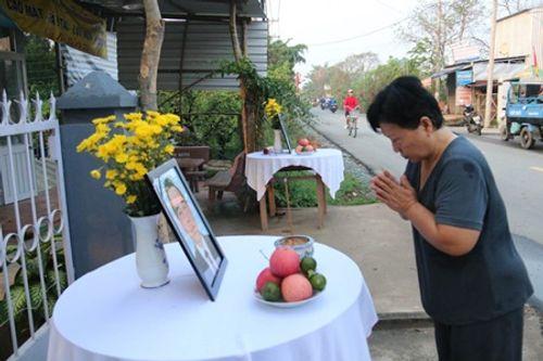 Dòng người xếp hàng dự Lễ truy điệu nguyên Thủ tướng Phan Văn Khải - Ảnh 4