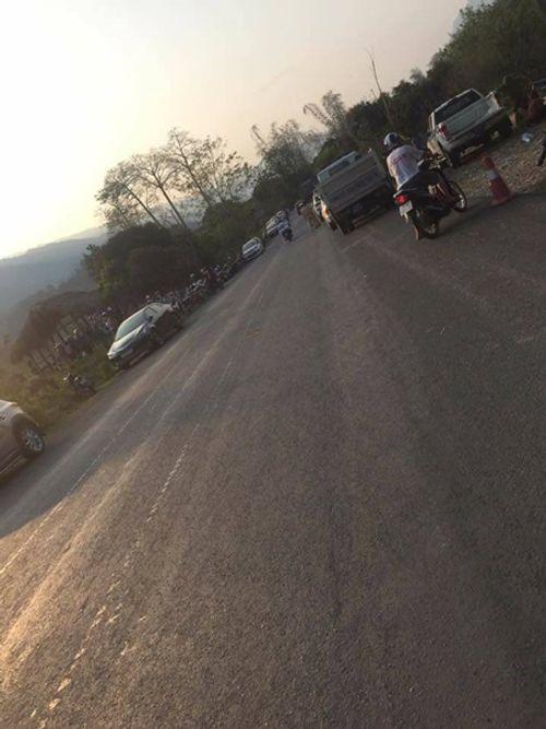 Vụ 3 người chết trên xe Mercedes: Đồng nghiệp hé lộ thông tin bất ngờ về người chồng - Ảnh 1