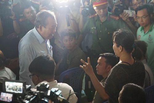Vụ cháy chung cư Carina: Cư dân đối thoại trực tiếp với Phó Thủ tướng Trương Hòa Bình - Ảnh 2