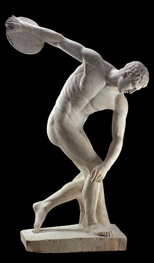 Ngắm nhìn những bức tượng khỏa thân nổi tiếng trên thế giới - Ảnh 4