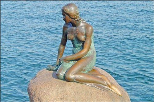 Ngắm nhìn những bức tượng khỏa thân nổi tiếng trên thế giới - Ảnh 6