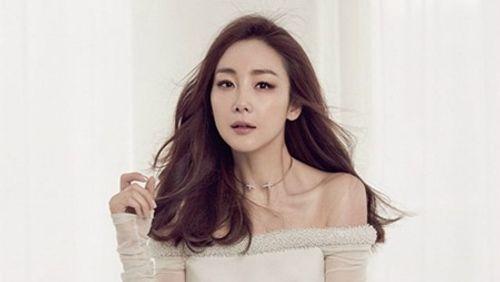 Choi Ji Woo bất ngờ kết hôn, chỉ thông báo trước lễ cưới vài giờ - Ảnh 5