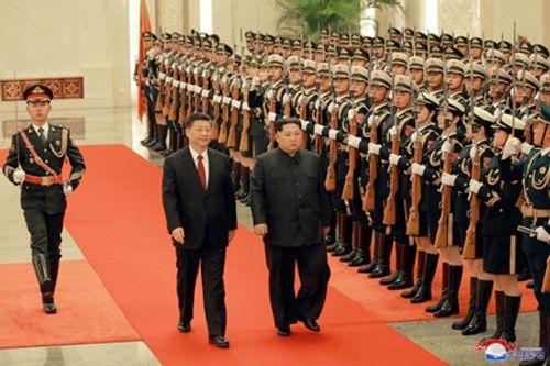 Hình ảnh hiếm hoi về chuyến thăm Trung Quốc của ông Kim Jong-un - Ảnh 3
